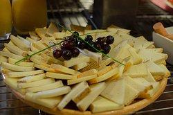 Assiette de fromage petit-déjeuner