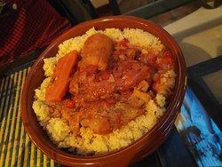 Cuscus con polllo y verduras.