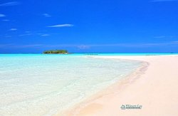 Treasure Cay Beach and Sunrise Cay