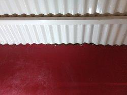 Gap between walls and ceiling