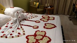 Spl Bed Decoration