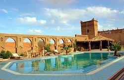 Nice riad with pool facing the sahara desert of erg chebbi