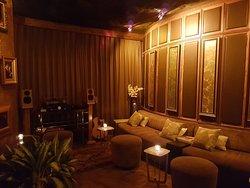 Ruang Tamu Bar
