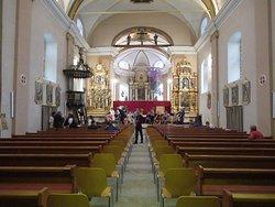 Eglise Ste Euphémie de Vissoie (intérieur). Passage lors de la répétition d'un des concerts du Festival du Toûno.