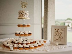Rose Gold Cupcakes
