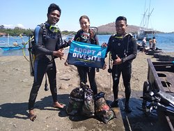 We've adopted two divesites in Pemuteran: Muck Bay and Middle Reef