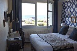 Chambre avec vue sur mer.