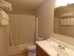 Remodeled 2 bedroom apartment