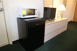 Electronics - Single room (queen bed)
