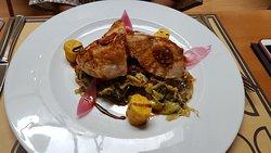 Peito de frango com legumes