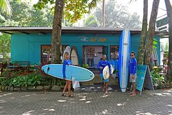 ‪Costa Rica Surf Camp‬