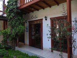 Hinterer Eingang zum Café