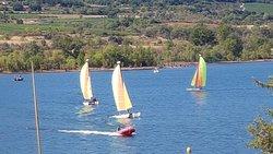 vue sur le lac de Salagou