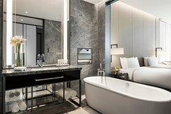 N1 Deluxe Twin Bathroom