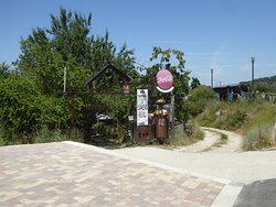 Bar taperia o Camiño real från infarten til bilparkeringen