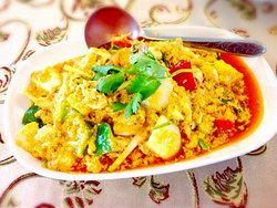 Stir Fried Crab in Yellow Curry