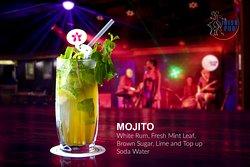 Irish Pub - cocktail (drink) MOJITO