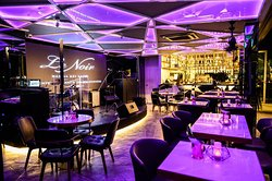 Le Noir Bar & Lounge