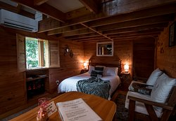 Gorgeous wood lined cottage, private and cozy and all for you.