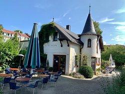 Konig Ludwig Cafe Bistro