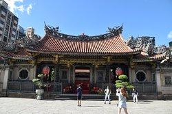 Longshen Temple