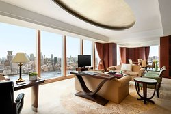 Diplomat Suite King