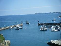 Donnez aux voyageurs quelques informations sur votre photo le port