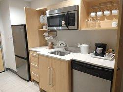 Room 323 - Kitchen