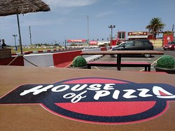 house of pizza street food & music