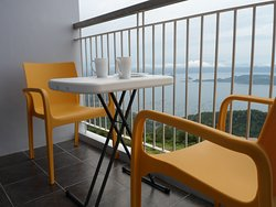 Situated on high floor level all apartments provide direct views over Taal lake from the balcony