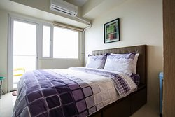 All our apartments are fitted with British Slumberland queen size posturpedic beds for a good nights sleep