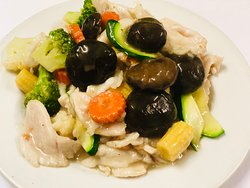 Chicken with Chinese Mushroom