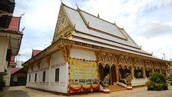 街中にある現役のお寺