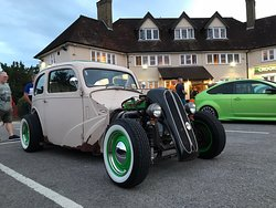 The Crooked Billet hosts fun car evenings once a month, here are some photos from the August show