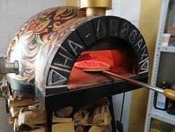 Настоящая дровяная печь