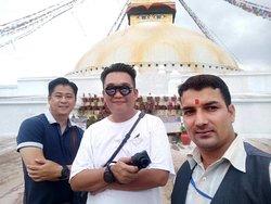 Sightseeing at Boudhanath Stupa.