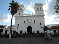 Minor Basilica in giron
