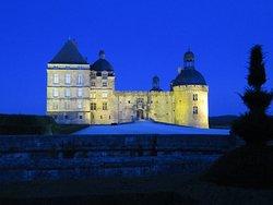 Le château de nuit.