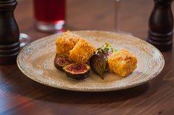 Βaked cheese with traditional sweet fig Σαγανάκι  με γλυκό του κουταλιού σύκο