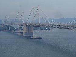 坂出側からの瀬戸大橋