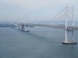 瀬戸大橋と瀬戸内海