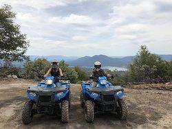 Sierra Jeep Tours