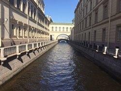 Набережные Невы- набережная Зимней канавки, Санкт-Петербург.