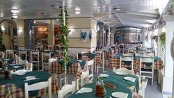 Nikos Family Taverna
