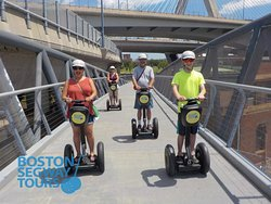 #LaborDay #Weekend is here! 😃 Gather your #friends & #family to join us on #TripAdvisor's #1 #tour in the city… #Boston #Segway #Tours 😎 www.bostonsegwaytours.net