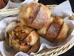 焼きたての美味しいパン