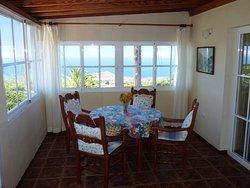 Casa Nogal - Esstisch mit Atlantikblick