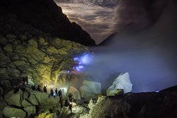 Ijen Expedition Tour
