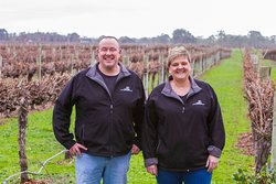 Simon & Kerry Meares - We are Coonawarra Experiences. Let us tailor your Coonawarra wine tour experience.