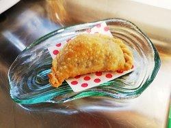 Empanadilla Argentina, una de las muchísimas especialidades de nuestro chef. Simplemente deliciosa.